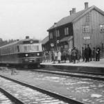"""Dieselekspresstogsett type 88, """"Bergensekspressen"""" på Geilo stasjon (1946-1960)"""