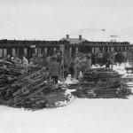 Ski og reisande på Ustaoset stasjon (1932)